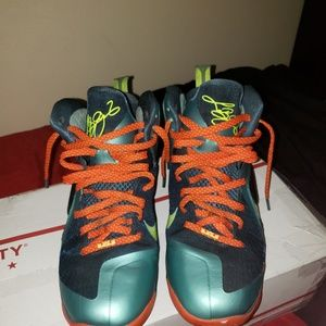 Lebron 9 cannons